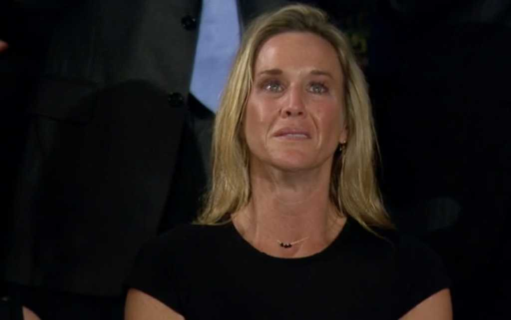 Ex-Clinton volunteer loses job, after berating widow of fallen SEAL on Twitter