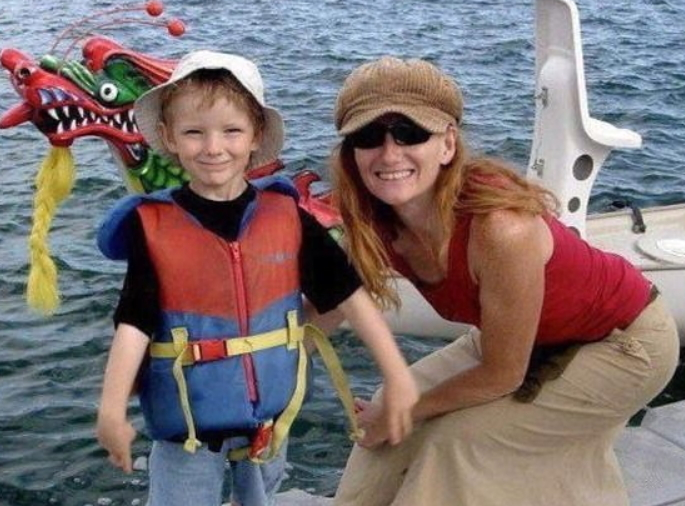 Mom Treats Son's Strep Throat With Natural Remedies Now She's Going To Jail