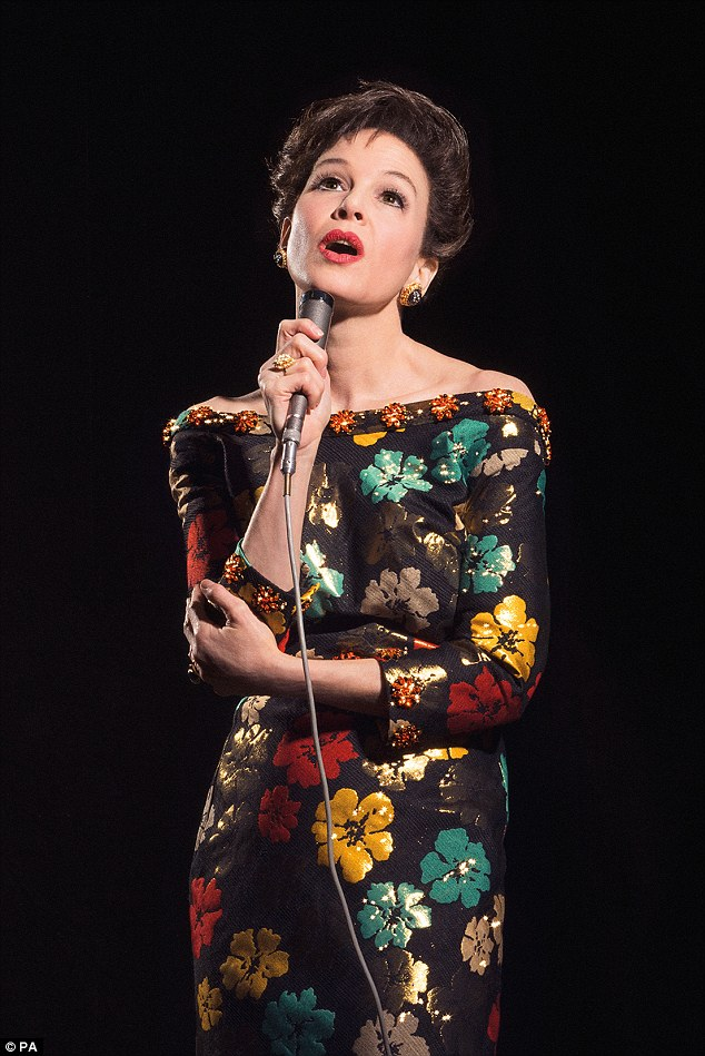 A-List Actress Makes UNBELIEVABLE Transformation Into The LEGENDARY Judy Garland