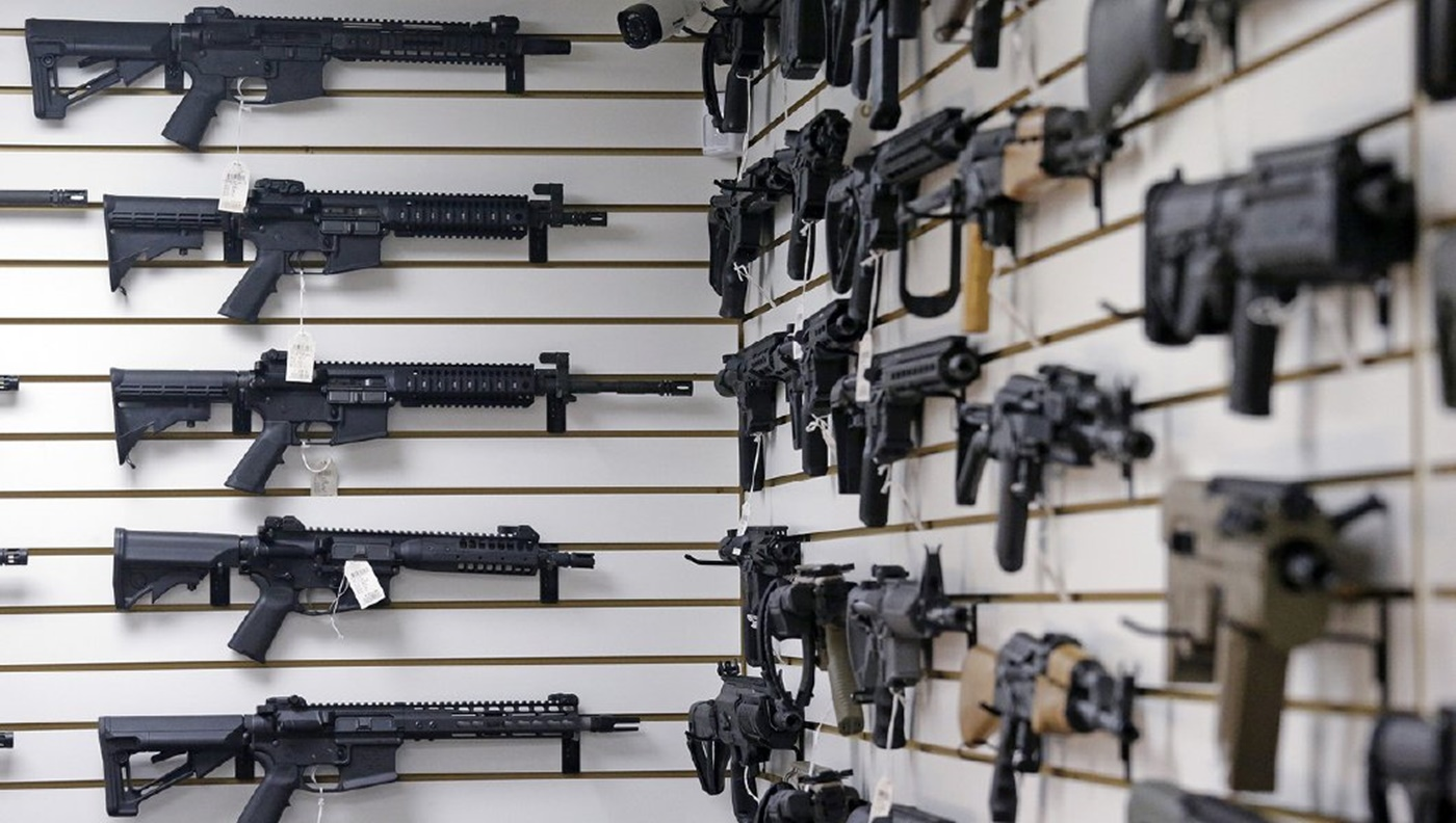 Deerfield Illinois Bans Assault Weapons and High Capacity Magazines